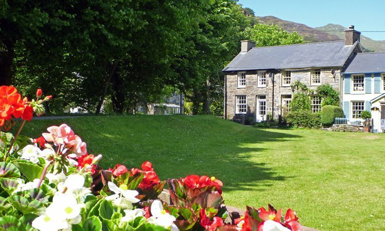 Self catering cottages Beddgelert